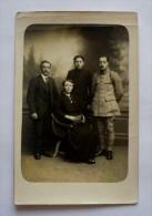 CARTE-PHOTO FAMILLE  NON SITUEE -  Cachet D'un Photographe D'AMIENS (SOMME) - Postcards