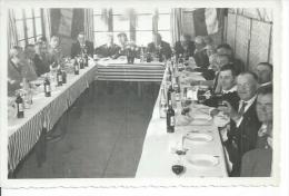 """PHOTO / SIX FOURS LA PLAGE - BANQUET DU 11/11/1955. - HOTEL RESTAURANT """" MIAMI """" ( Animées ) - Six-Fours-les-Plages"""