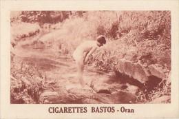 Chromos - Cigarettes Bastos Oran Algérie - Femme Nue Rivière - Cigarette Cards