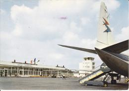 CPSM AEROPORT VICHY CHARMEIL AVION 1970 - Aeródromos