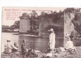 24383 Montjean Mayenne Chateau Bati Avant Charlemagne Sans éd -pique Nique, Peche, Enfant Chien - Non Classés