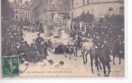 24397 RENNES -- Fête Des Fleurs 1910 Char Des Cloches Rome -1 Mary Rousseliere -cheval Gendarme Place Mission