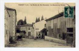 Thiré: La Route De Ste-Hermine- Le Bureau De Tabac  Animée, état Neuf - France