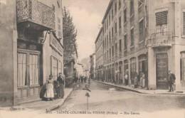 CPA 69 SAINTE-COLOMBE LES VIENNE Rue Garon Animée - France