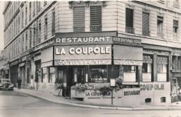 CPSM 69 VILLEFRANCHE EN BEAUJOLAIS Restaurant La Coupole Brasserie - Carte Publicitaire - Traction - France