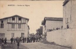 AHETZE Sortie De L église  ( La Place ) - Other Municipalities
