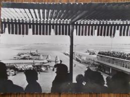 75 - PARIS - Aéroport De Paris-Orly - Vue Des Terrasses. (Avions Sur Le Tarmac...) CPSM Rare - Luchthaven