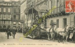 33. BORDEAUX . Fête Des Vendanges .  Le Char De L'Armagnac .  CPA Animée . - Bordeaux