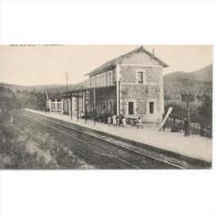 SGVTPA1564-LFTD1002.Tarjeta Postal DE SEGOVIA.casas,arboles,personas Esperando El Tren En La Estación.APEADERO DE SAN RA - Segovia