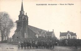 PLOUEZOCH  -  St Antoine  - Place De L´église Tres Animée (edts Troadec ) PRIX FIXE - France
