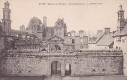 Cp , 29 , SAINT-VOUGAY , Château De Kerjean , Façade Principale , La Grande Porte - Saint-Vougay