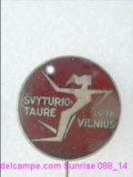 Sport: Handball Competition Svyturio Taure Vilnius _L088 - 6 Badges / Enamel, Heavy Metal Old - Handball