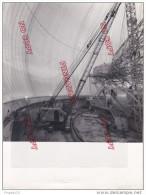 Au Plus Rapide Photo Construction Intérieur Radome Pleumeur Bodou 1962 Côtes D´Armor Très Beau Format Très Bon état - Luoghi
