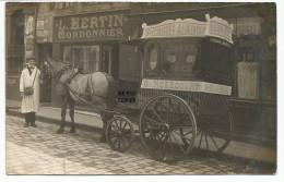 76- ROUEN. CARTE PHOTO. Cariole de l'�picier NOBECOURT, devant le cordonnier BERTIN, 18 rue du Champs des oiseaux.