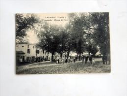 Carte Postale Ancienne : LAUGNAC : Promenade, Champ De Foire, Belle Animation, Coiffeur - France