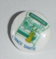 Pharmacie Espace Santé En Porcelaine De Limoges - Pin's