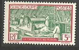 GUADELOUPE  N� 102 NEUF** SANS  TRACE DE CHARNIERE / MNH