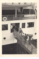 BLESSE MONTE A BORD DU BATEAU   SUR LA PASSERELLE EN CIVIERE  10,5x7,5cm - Schiffe