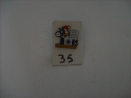 "PIN´S -  CERFONTAINE  93 "" ENDURO  93 World Record  "" -   Voir Photo ( 35 ) - Motorfietsen"