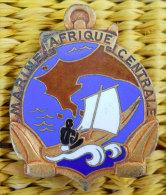 RARE insigne Marine  Afrique Centrale �maill� Dans son jus Fabric Coutois Paris � nettoyer souvenir d'1ancien