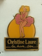 Pin´s CHRISTINE LAURE - LA MODE COLOR - Pin-ups