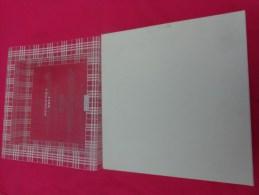 Boite Vide BURBERRY  21X22 CM ENVIRON - Perfume & Beauty
