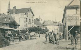 25 DAMPIERRE LES BOIS / Vue Intérieure, La Rue Et Ses Habitants / - Autres Communes