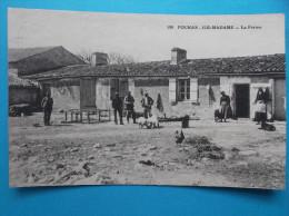 17 : FOURAS ; ILE MADAME( COMMUNE De PORT Des BARQUES) LA FERME :  C.P.A. : Carte En Trés Bon état  , Animée - Francia