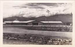 RP: NEW GUINEA , 1940s ; Bldgs - Papua New Guinea