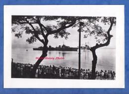 Photo Ancienne - Iles Marquises - Arriv�e du Navire de Guerre fran�ais TRIOMPHANT - Bateau Militaire - Tahiti Polyn�sie