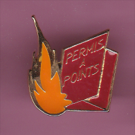 46592- Pin's.permis à Points... - Pin's