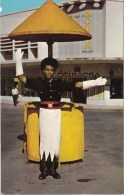 Traffic Policeman, Fiji - Stinsons 1072 Unused, Probably 1960s - Fiji