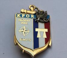 Insigne 8�RPIMA TRIDENT 2002 BIMOTO MITROVICA KFOR N�126 Parachutiste infanterie marine