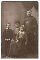 Militair Met Familie ONBEKEND - Inconnu - Militaria