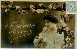 Belle  Carte -  Belle   Jeune   Femme       - A Vous Tout Le Bonheur            P194 - Femmes