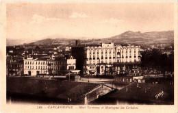 """288 - CPA - CARCASSONNE - Hôtel Terminus Et Montagnes Des Corbières - 1932 - Edit: G.Artaud """"Gaby"""" N°149 - Recto- V - Carcassonne"""