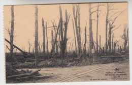 Ruines Des Environs De Kemmel, 1914-18 Le Point Du Suicide  (pk22804) - Heuvelland