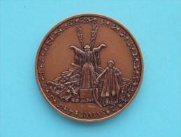 SAMAN ( Te Identificeren ) ( 43 Mm. / 37,2 Gr. Bronskleur - For Grade, Please See Photo ) ! - Jetons & Médailles