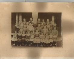 ECOLE SCHNEIDER (71) PHOTO ECOLE DE FILLES 1926 (B DENIZOT CHAGNY 71 PHOTOGRAPHE) - Lieux