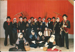 CPSM Folklore Auvergne Cantal (15) Groupe 'la Coltinoise' Danse Et Tradition Populaires (accordeon) - Non Classés