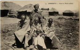 LESOTHO LESSOUTO AIEUL ET PETITS ENFANTS 4 - Lesotho