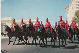 DAKAR  LA GARDE ROUGE (DIL4) - Senegal
