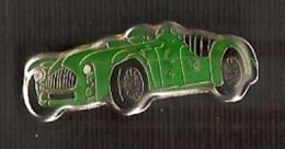 PIN DE UN COCHE CLASICO  (AUTOMOBILE-VOITURE) - Pin's