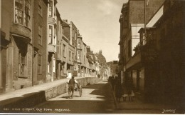 POST CARD ENGLAND  HIGH STREET OLD TOWN HASTINGS - Hastings