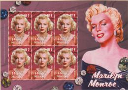 MALDIVES -   2004 Marilyn Monroe Sheet Of Six. Scott 2824. MNH ** - Maldivas (1965-...)