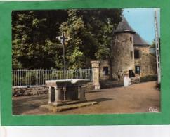 Madic 12 - La Ferme (calvaire-autel) - France