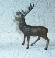 Durso - Cerf Des Ardennes - Saint-Hubert - Figurines