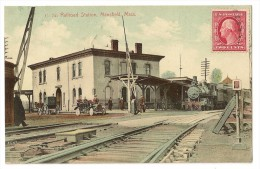 """S3346 - Railroad Station. Mansfield """" Train - Voiture - Calèche) - Etats-Unis"""