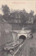 Péniches - Péniche Hanoï à L'entrée Du Tunnel De Liverdun - Péniches