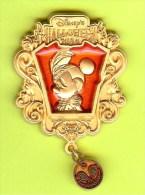 Pin's BD Disney Halloween Minnie - 10H21 - Disney